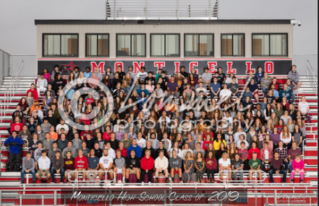 MHS Senior Class Group Photo by Lommel Photography