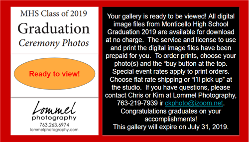 Graduation Photos from Lommel Photography